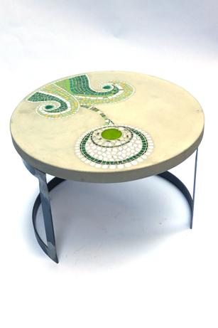 """table basses de jardin """"primavéra"""", béton et mosaïque ( 60 cm de Diam, 40 cm de haut"""