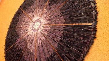 Bijoux de jardin : OURSIN, pâte de verre albertinni, Bisazza, Smalte orsoni ; 97cm de diamètre,