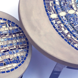 tables basses de jardin, mosaïque et béton, détail