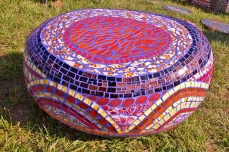 Bijou de Jardin, pouf galet en mosaïque