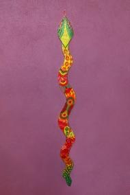 serpent sur mur, mosaïque pâte de verre, 2m20© Yves Inchierman