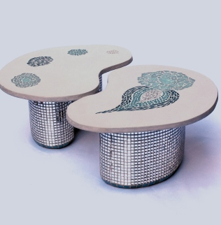 Duo de Table, Tabouret , Béton et mosaïque, 62cmx50cmx28cm de haut
